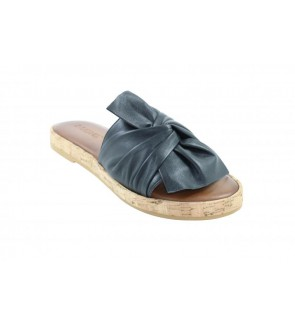 Inuovo black slipper