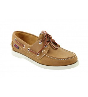 Sebago chocolate docksides...