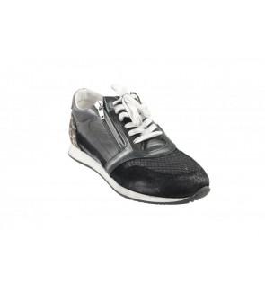 Lazamani black sneaker